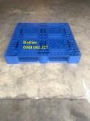 Pallet mới màu xanh giá tốt liên hệ 0988 081 327