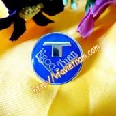 Huy hiệu cờ hai nước, huy hiệu hội đồng nhân dân, logo công ty
